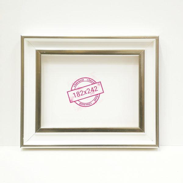Рама для картины или фото из деревянного багета