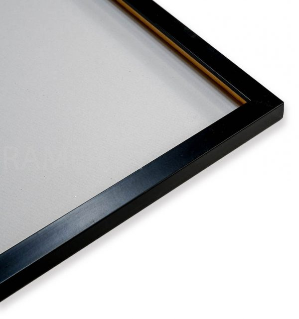 черная рамка для фотографии